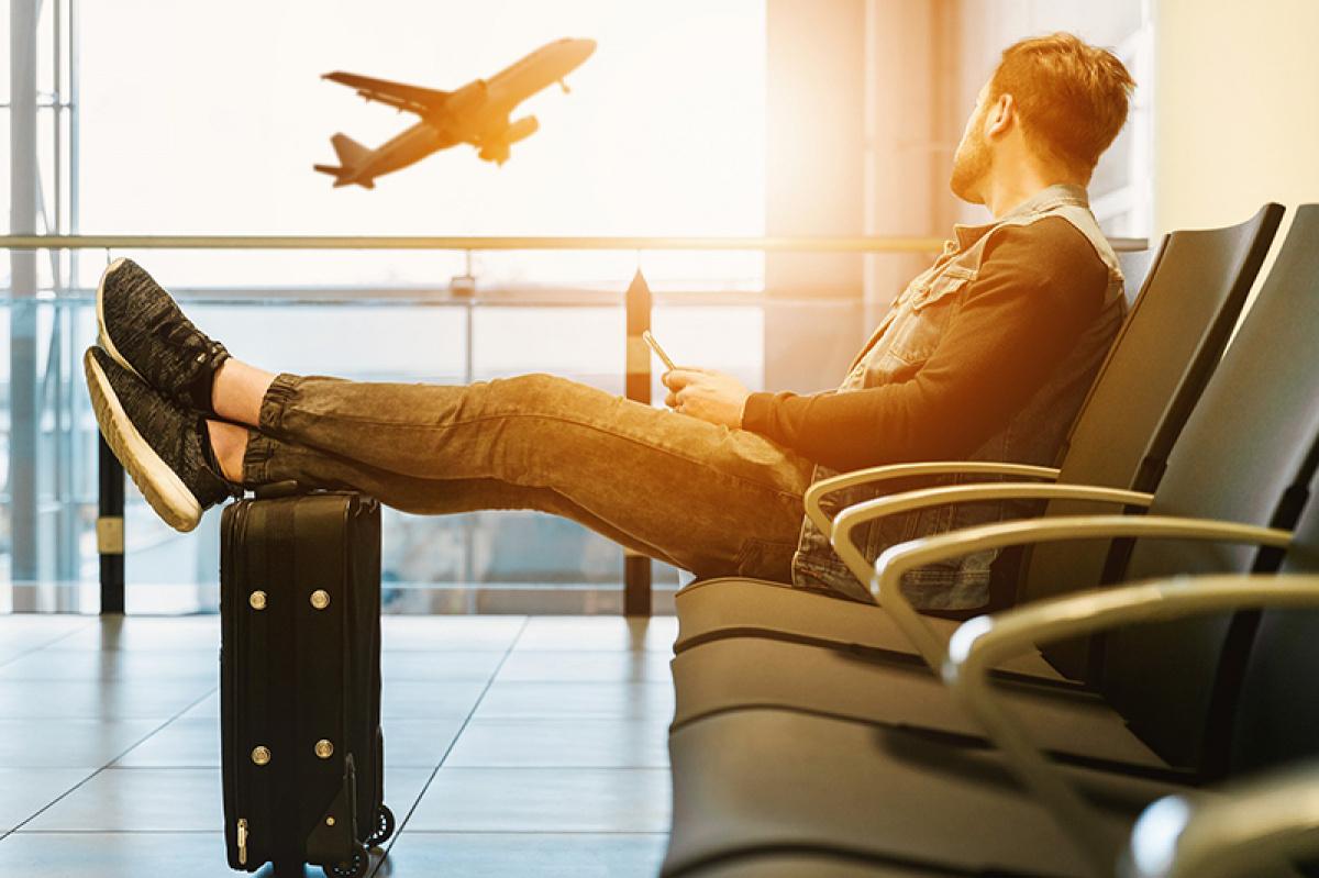 seznámení v letadle nebo na letišti